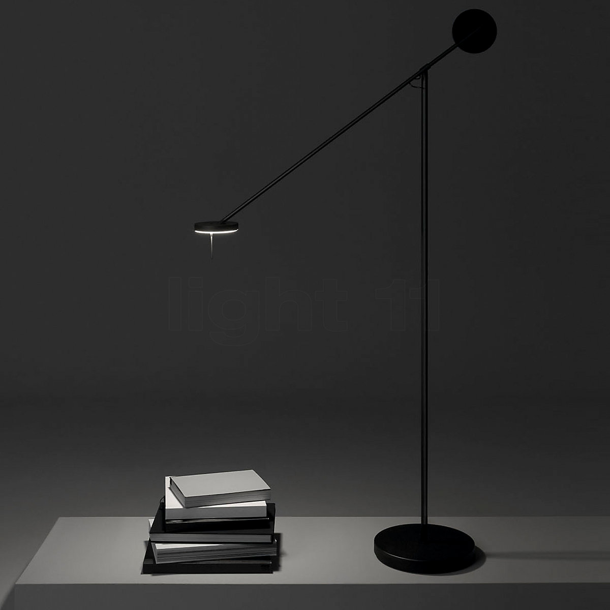 Grok_by_LEDS_C4_Invisible_lampara_de_pie_y_lectura--a7998bbecc86567eb3ede9119d9b7f91