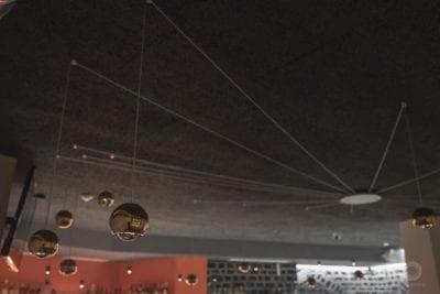 Sistema de luces para el techo de restaurante