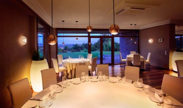 Sistema lumínico para restaurante
