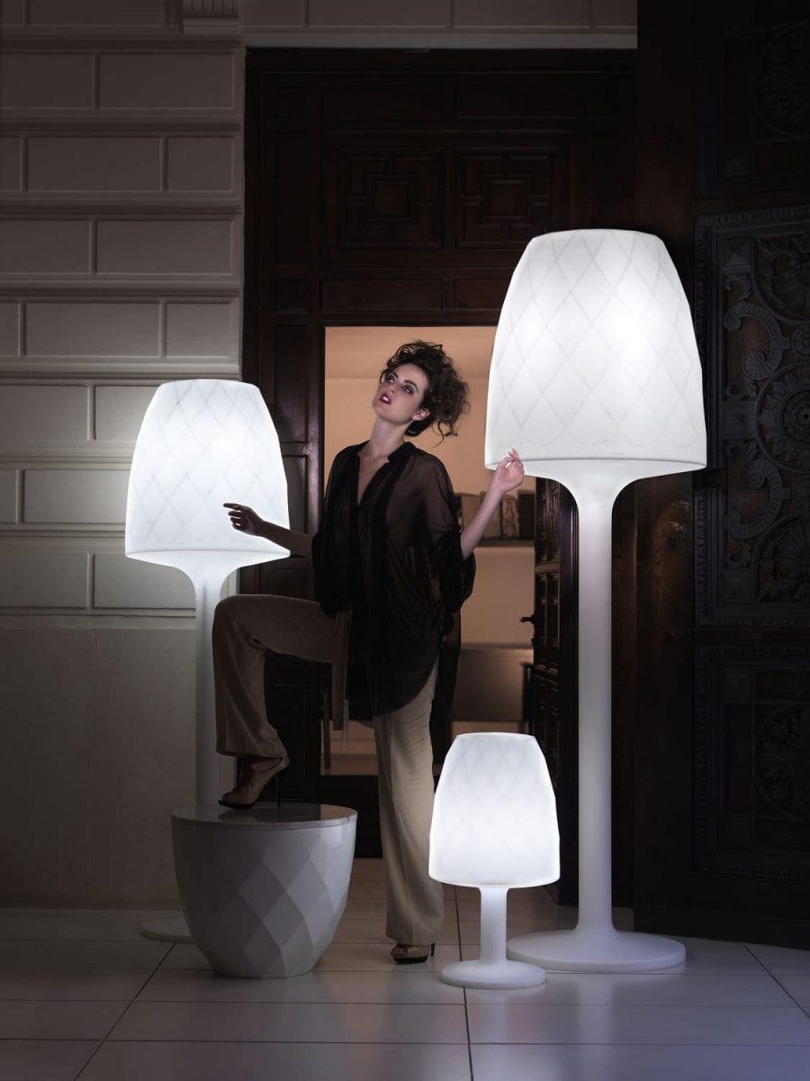 lampara-pie-moderna-exterior-58370-6101519