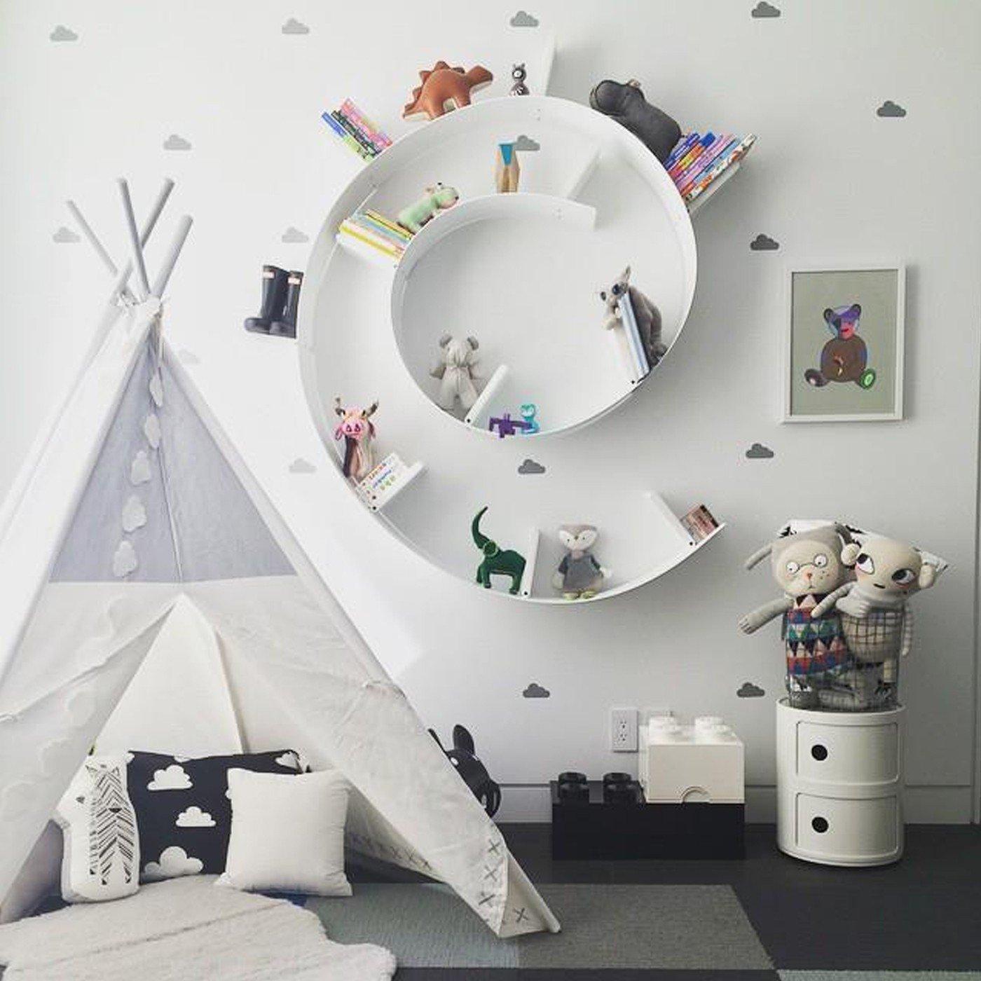 bookworm-shelf2